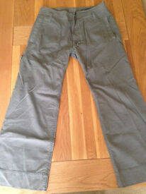 "Diesel Cargo Style Comfort Fit Men's Trousers (34""W x 32""L) (never worn) JUST REDUCED"
