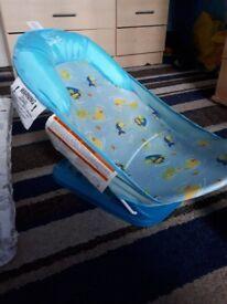 baby bath £5
