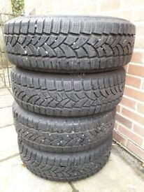 Volkswagen T5 T6 alloys with winter tyre