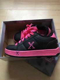 girls heelies size 13