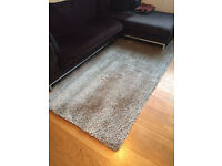 Dunelm Silver Indulgence Shaggy Rug 150cm x 240 cm - Excellent, like new condition
