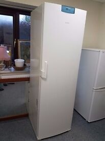 Excellent quality and condition full height Bosch fridge.