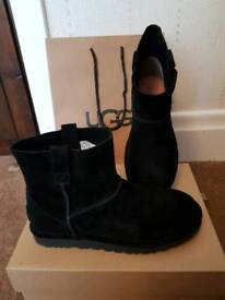 WOMEN'S UGG BOOTS CLASSIC UNLINED MINI ANKLE BLACK RRP £120 UK 8 NEW IN BOX ORIGINAL