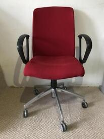 RED OFFICE CHAIR £25