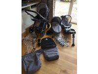 Oyster 2 Travel System in City Grey with Car seat & Isofix base