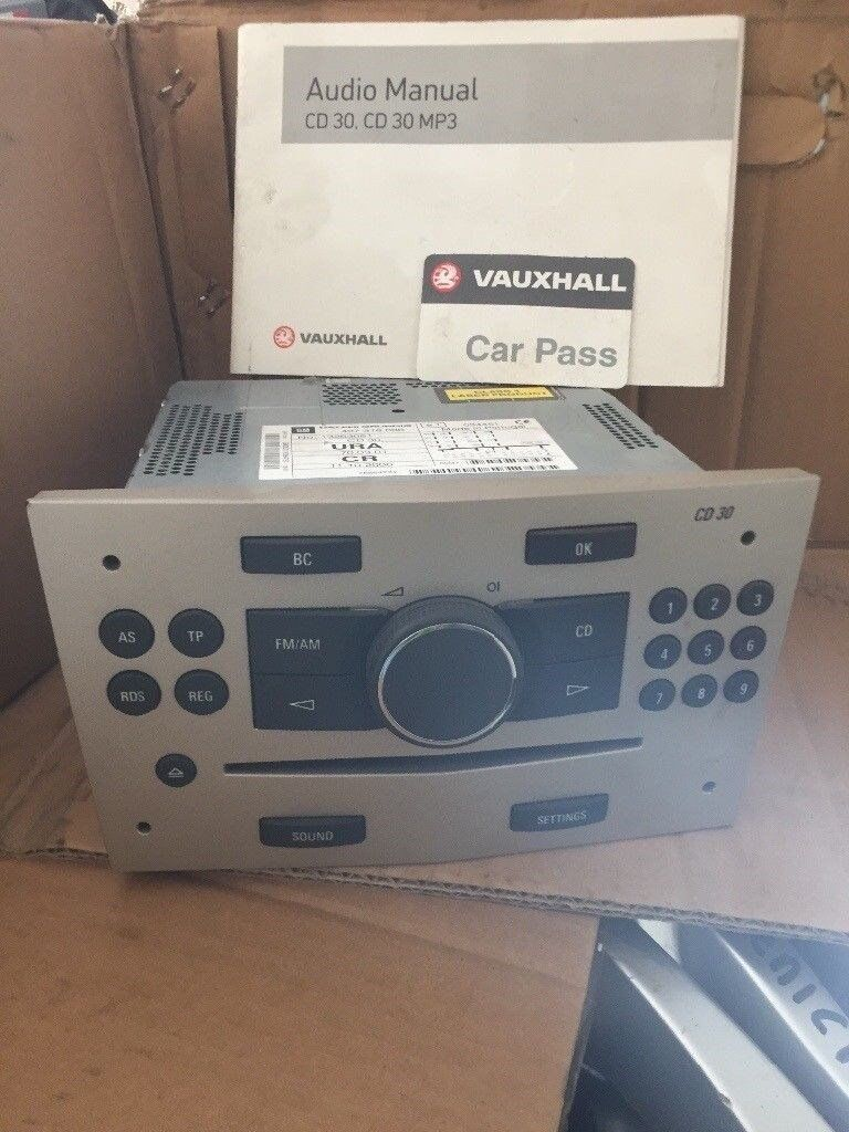 Vauxhall Astra H Car RADIO Cd Player CD30 Model With Radio Code and Manual