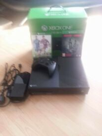 Xbox one 500gb excellent condition.