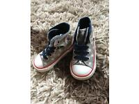 Converse Infant Size 5