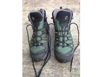 Men's Size 8 Salomon X Ultra Mid 2 GTX Hiking Boot
