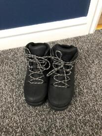 Boys size 12 Black Timberland boots