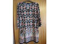 Wallis patterned tunic size M