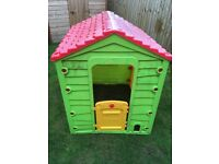 Sizzlin' Cool Meadow Cottage Outdoor Kids Toys / Playhouses