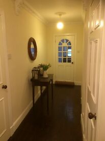 Two bed main door property available in the heart of the New Town