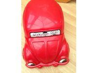 Red car pottie
