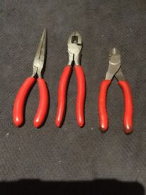 Snap on pliers set x3