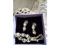 Earrings and bracelet set for sale