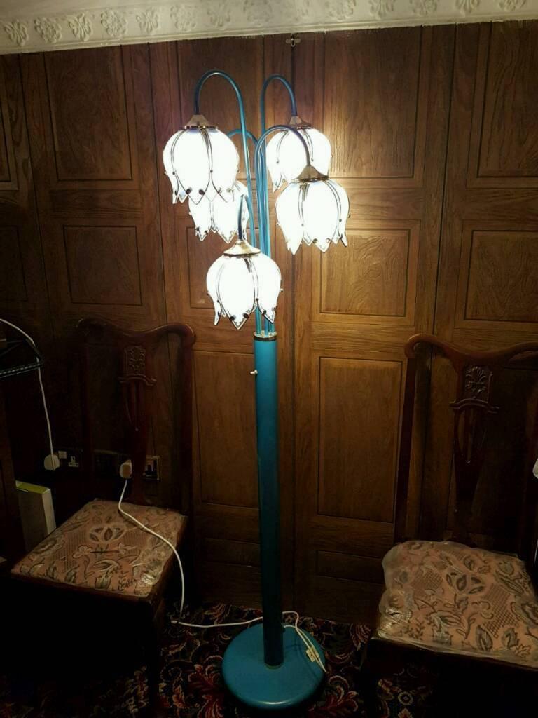 5 shade lamp