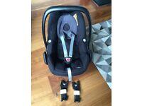 Maxi Cosi Pebble Car Seat Group 0+ & Bugaboo Adaptors