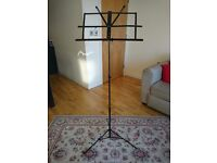 Adjustable Music stand - sheet stand In Good Condition