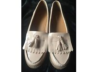 Peach / Beige Loafers - Size 6