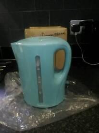 Brand new kettle still boxed