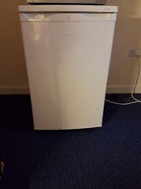 Medium fridge