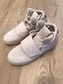 Adidas Tubular kid's trainers, size 12.5