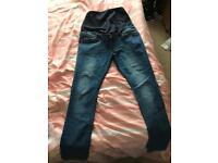 Maternity jeans -size 14