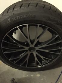 Porsche Macan MAK 19in Wheels and Winter Tyres with TPMS