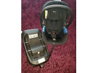 Silvercross simplicity car seat and isofix base