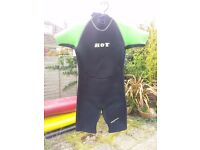 Wetsuit Shorty Unisex age 9-10 Hot Green & Black Great condition.