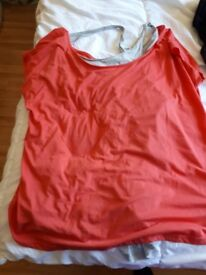 Womens tops size 20-22-24
