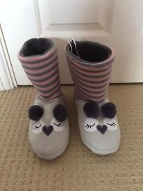 Cute boot slippers