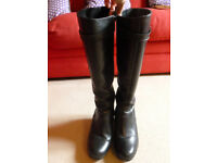 Ladies Duo Knee High Boots, size 5