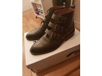 Women's ankle boots - Olive leather