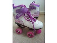 Girls roller boots with safety pad set size 13