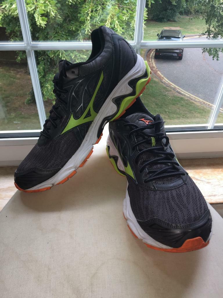 9e009bc225 Mizuno Running Shoes size 10 | in Poole, Dorset | Gumtree