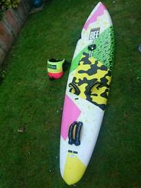 Perfect Fanatic Lite Bee 285cm windsurfing sail board & fin