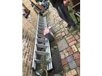 Youngman Trade 200 Aluminium 3 Section Extension Ladder - Max Height 8.3m