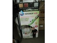 H2O mop X5 steam cleaner/steam mop in almost brand new condition