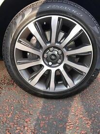 """4 x 21"""" style 101 Range Rover alloys & Pirelli tyres. Brand New!"""