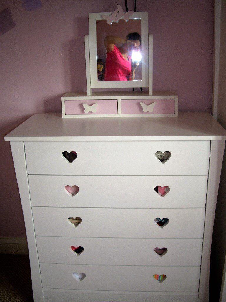 Heart Bedroom Furniture - Bedroom Design Ideas