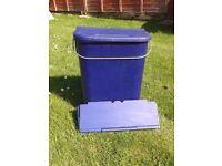 caravan/motorhome/house door waste bin