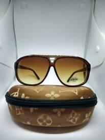 Louis Vuitton evidence Sunglasses brown