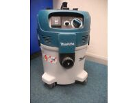 Makita VC3012M Wet and Dry M Class 30L Dust Extractor Vacuum Cleaner 240V With Auto-Function