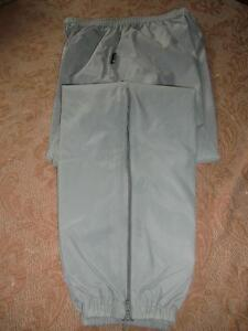 K-Way Wind Pants - Light Grey - Fit Women's Large - Like New
