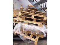 Free Wooden Palletts