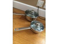 PAIR OF STAINLESS STEEL PANS - LIDS INCLUDED