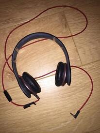 Beats Headphones (Black)