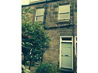 Charming 1 bedroom flat with own front door and garden in sought after Stockbridge Colonies